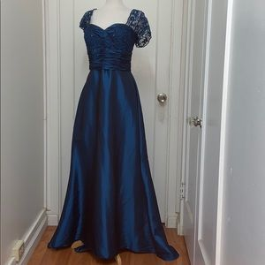 NWT Anny Lee Teal Evening Gown